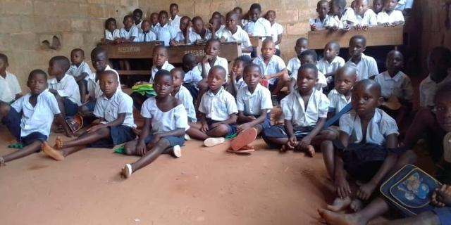 Students of Christ Roi Elementary School